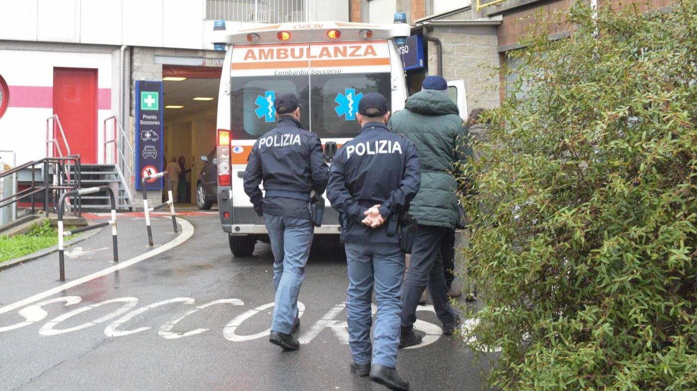 Cuneo, fa il pieno con carta di credito della Croce Rossa: denunciato