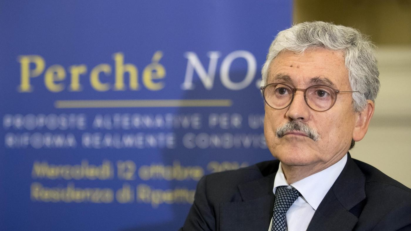 Referendum, D'Alema: Blocco Sì minaccioso, ha dato Roma a Grillo