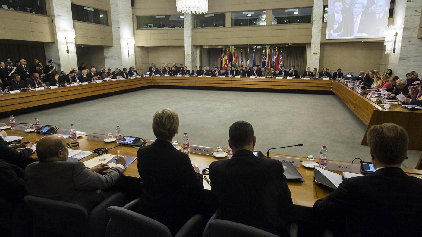Vertice coalizione anti-Daesh a Roma