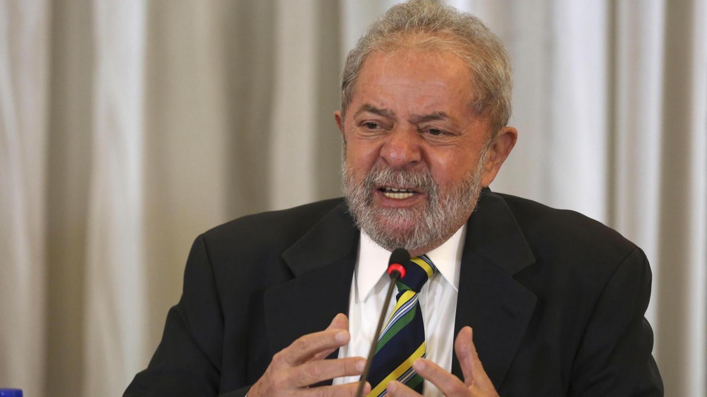 Brasile, tangenti da un'impresa: Lula rinviato a giudizio