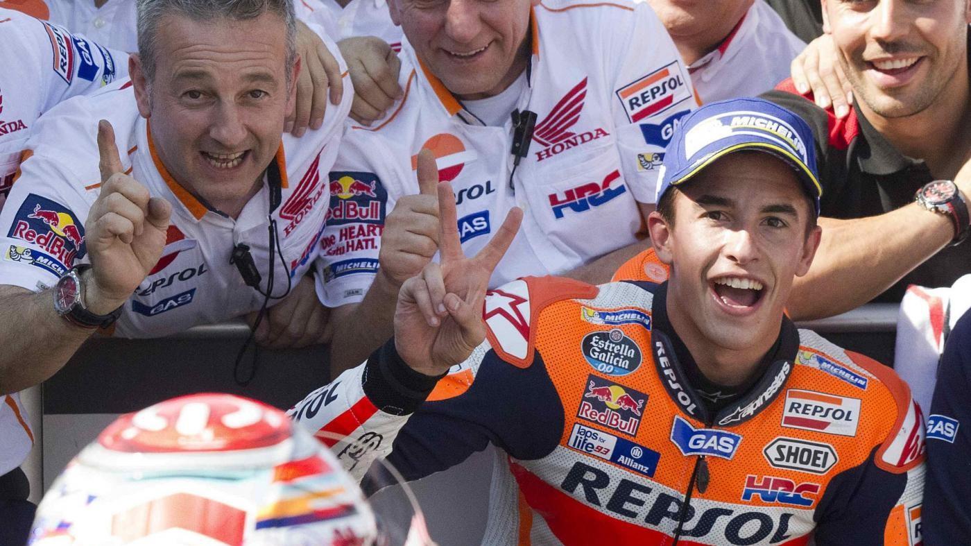 Marquez vince in Giappone: è campione del mondo. Rossi cade