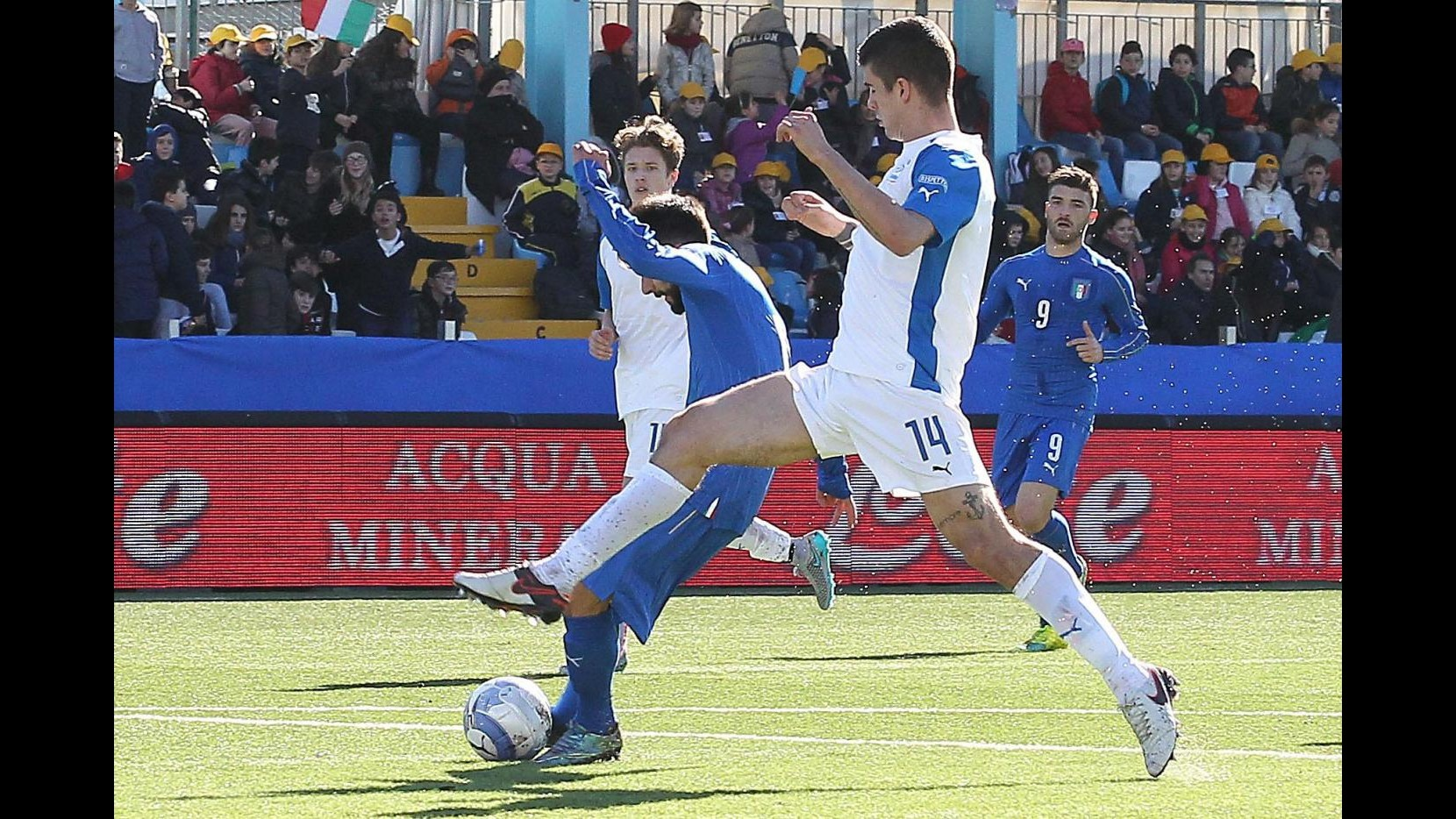 Calcio, Under 21: azzurrini superano 5-2 B Italia a Chiavari