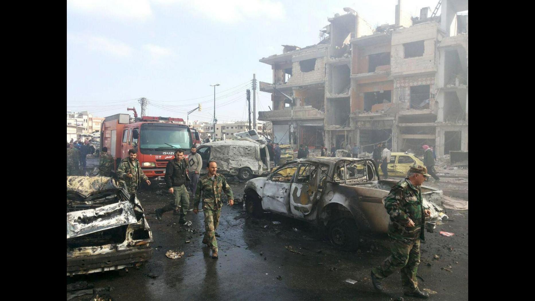 Siria, doppio attacco dell'Isis a Homs