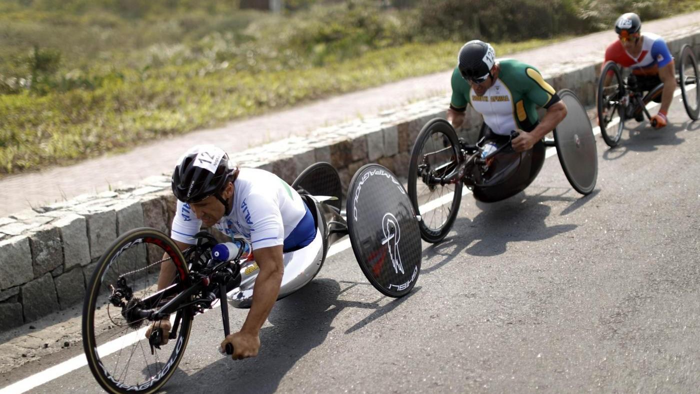 Paralimpiadi, ancora medaglia per Zanardi: argento prova in linea