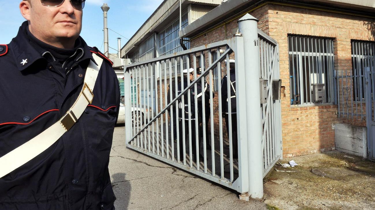 Torino, ricatta ex compagna con foto hard: arrestato 54enne