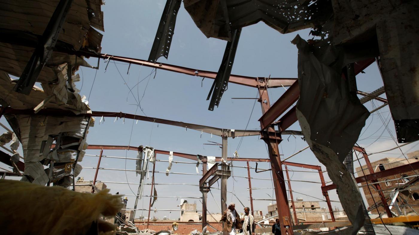 Yemen, raid sauditi su porto Hodeida: almeno 25 civili uccisi
