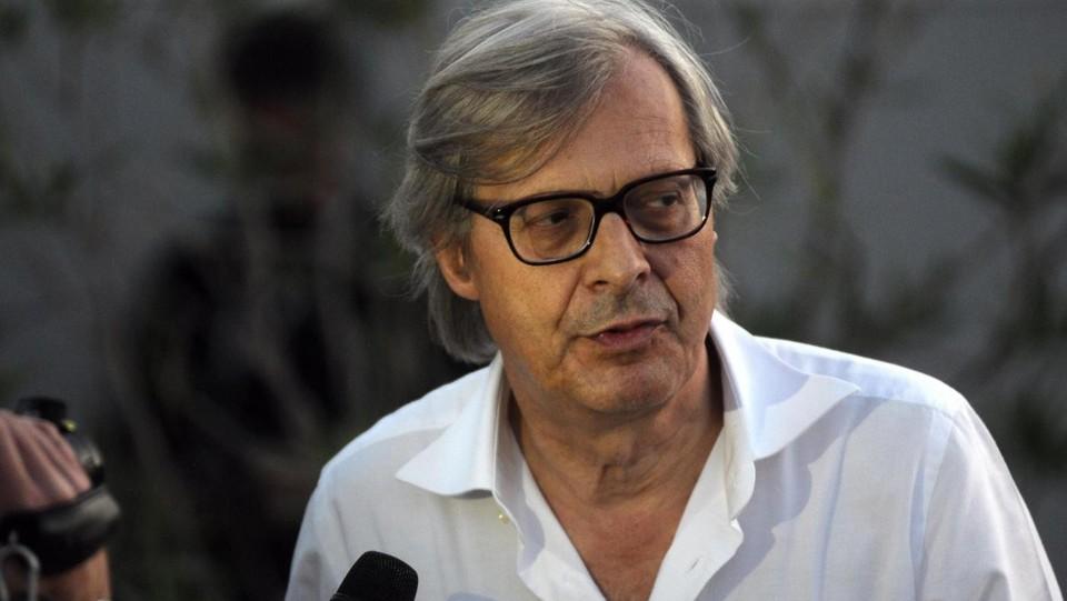 Sgarbi condannato a 5 mesi per lite coi carabinieri a Expo