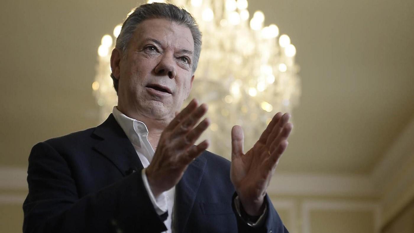 Colombia, Farc e Santos firmano uno storico accordo di pace