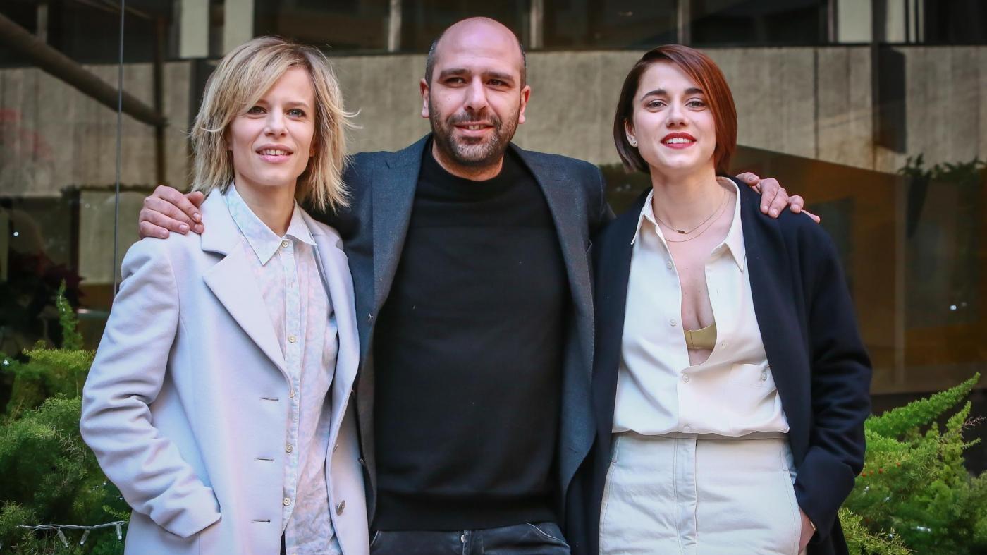 """""""Quo Vado"""", Checco Zalone racconta la sua nuova commedia in uscita al cinema"""