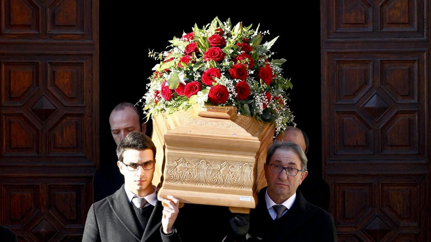 Massimo Bossetti lascia il carcere per il funerale del padre