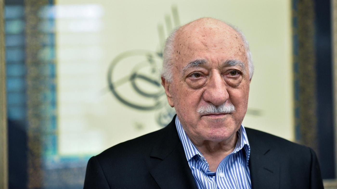 Turchia, chiesti 2 ergastoli e 1.900 anni di carcere per Gulen