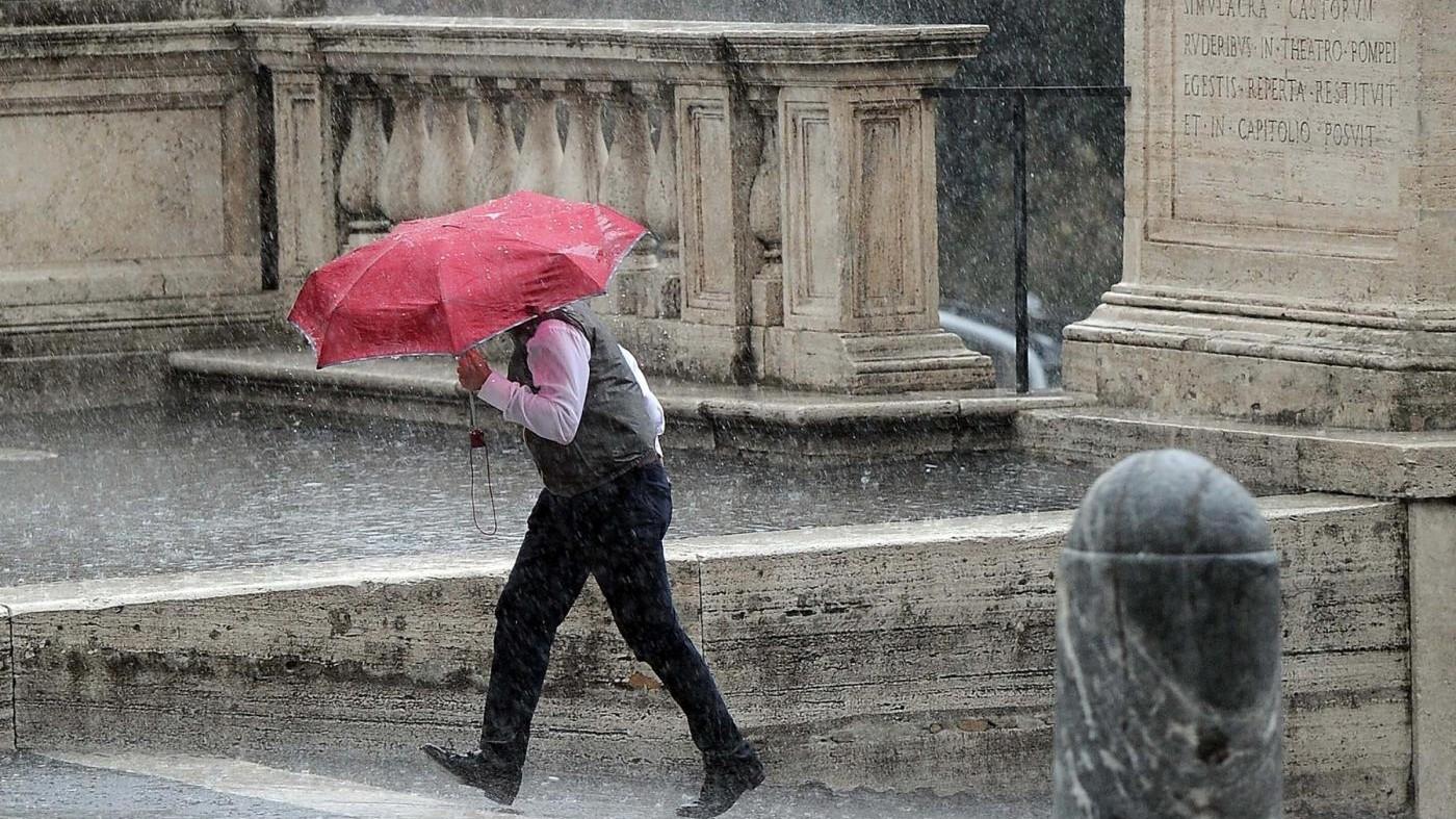 Maltempo, allerta protezione civile per temporali al Nord
