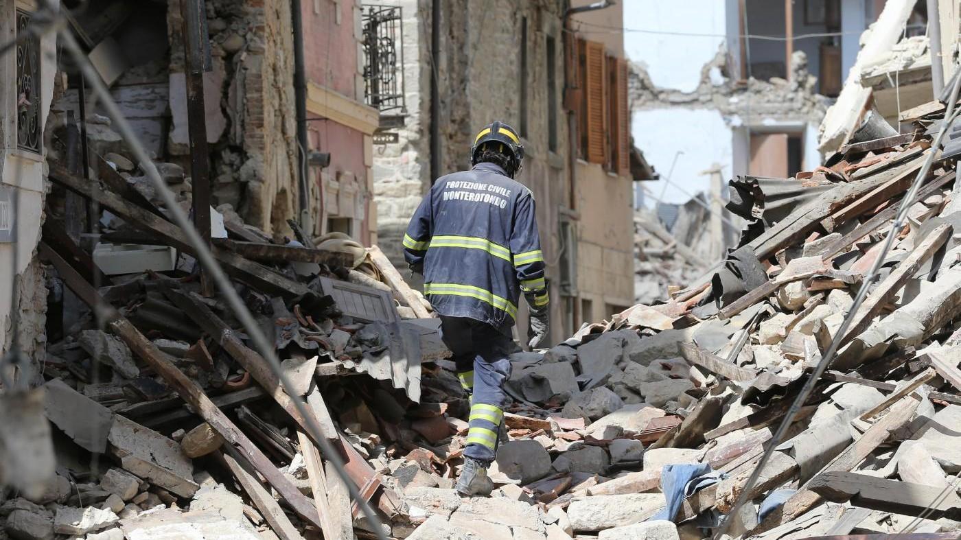 Terremoto 6.0 devasta Centro Italia tra Rieti, Ascoli e Perugia