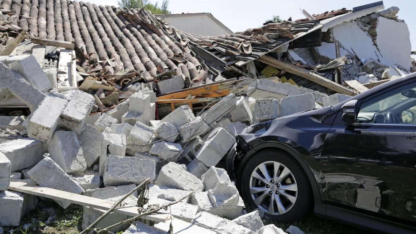 Terremoto, governo: Paesi colpiti saranno ricostruiti come erano