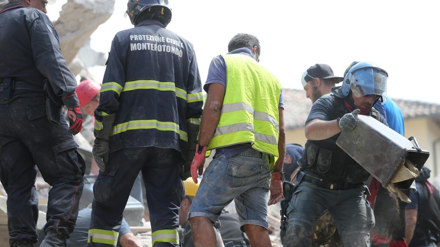 Terremoto, raccolti 6 milioni di euro grazie a sms solidale