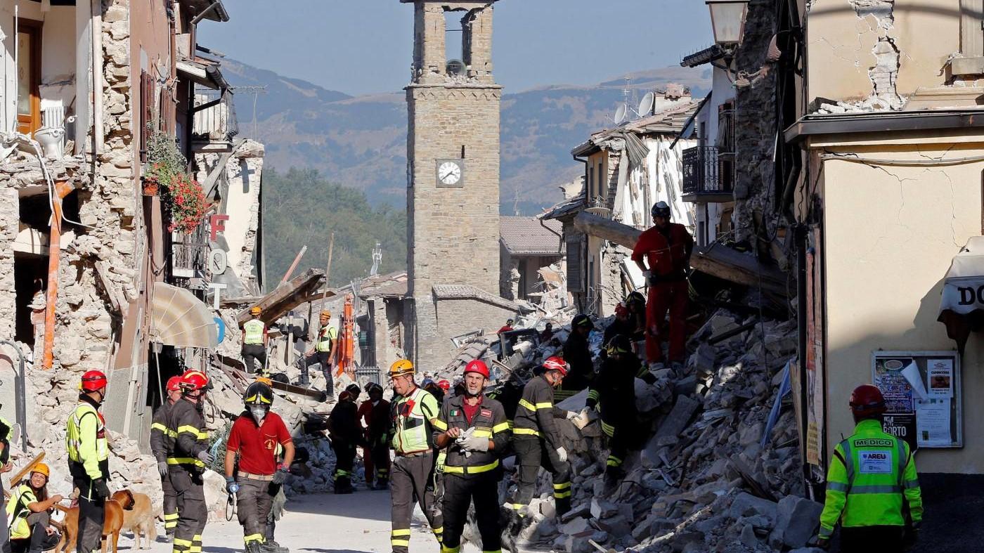 Terremoto, notte di paura a Norcia: scossa di magnitudo 4.3