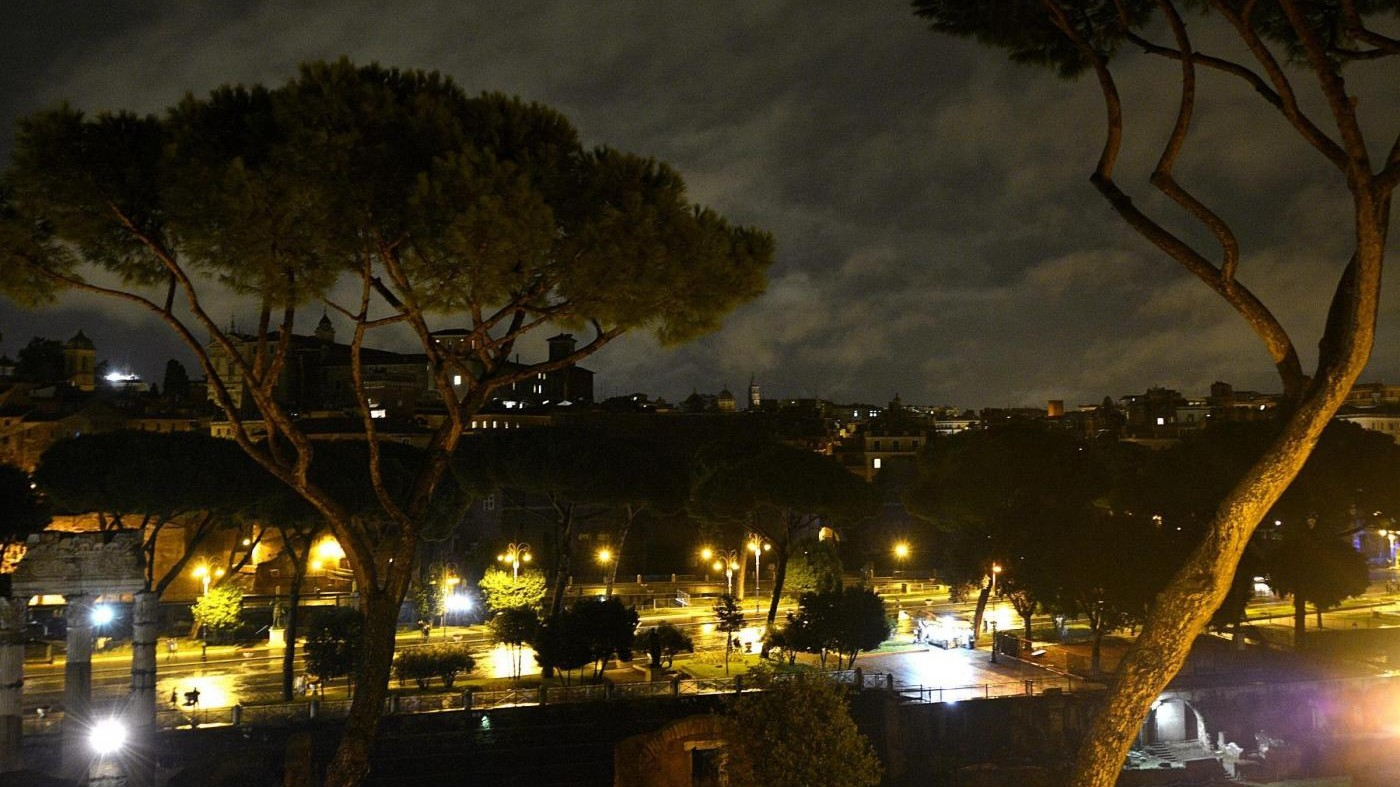 Nubifragio a Roma: cinque voli dirottati nella notte