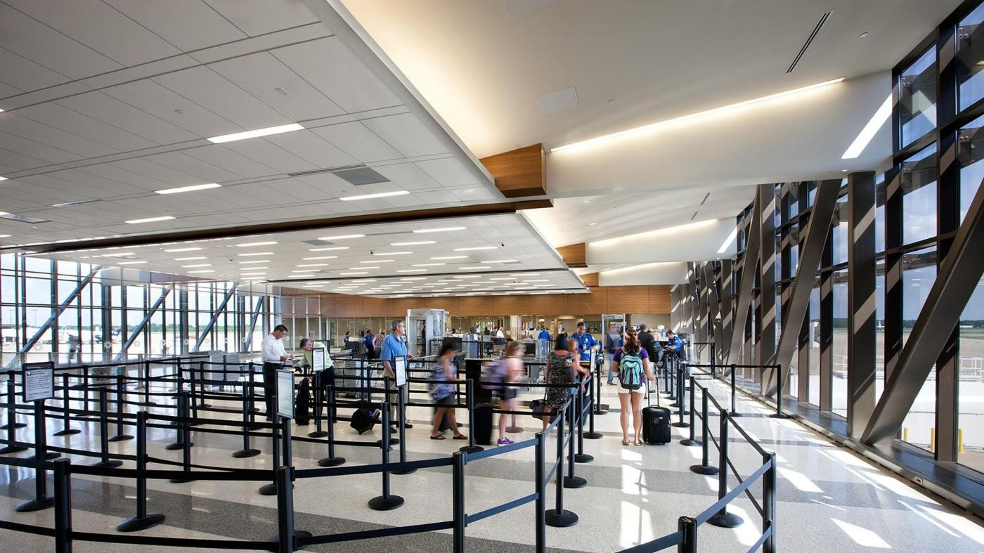 Ginevra, allerta sicurezza all'aeroporto dopo chiamata anonima
