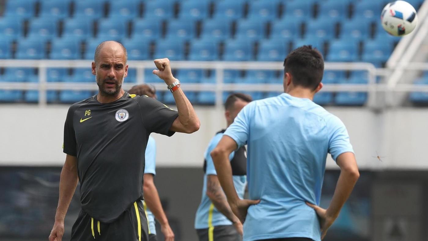 Manchester City, Guardiola vieta pizza dal menù dei giocatori