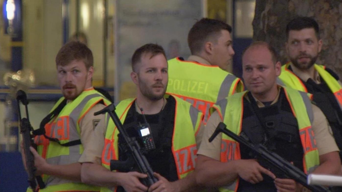 Monaco, evacuato il centro commerciale dopo una telefonata