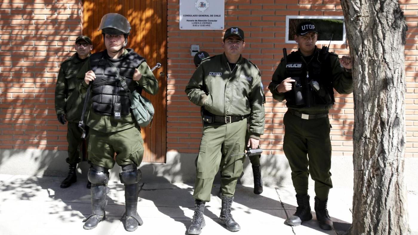 Bolivia, autobus si ribalta: morti italiana e altri 4 turisti