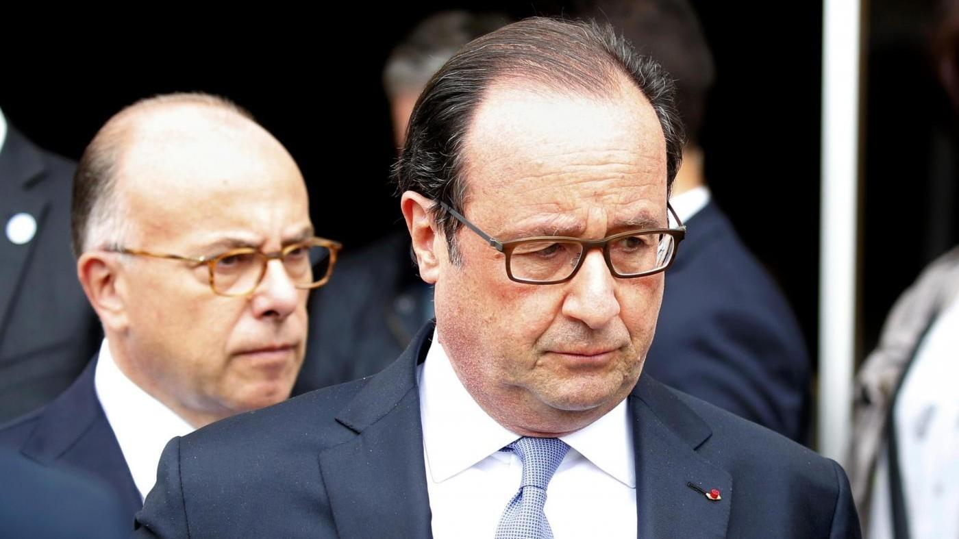 Francia, Hollande: No finanziamento pubblico a moschee