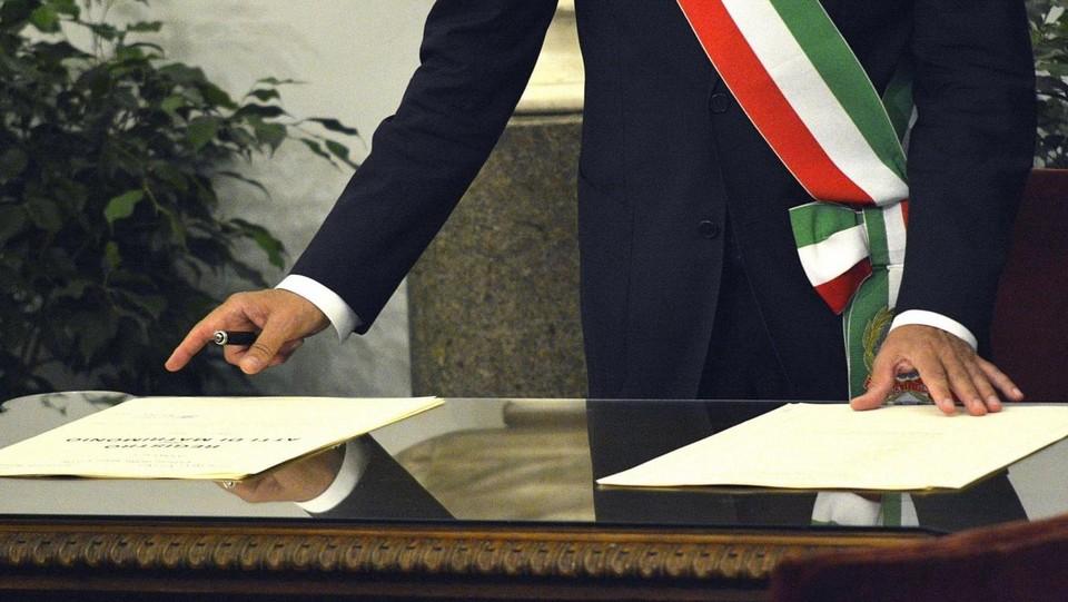 Ufficio Matrimoni Bologna : Unioni civili ecco il primo sì tra due donne a bologna