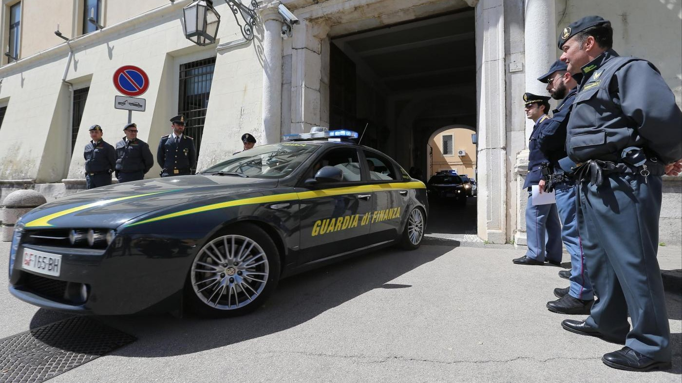 Fatture false per 100 milioni di euro: perquisizioni in tutta Italia