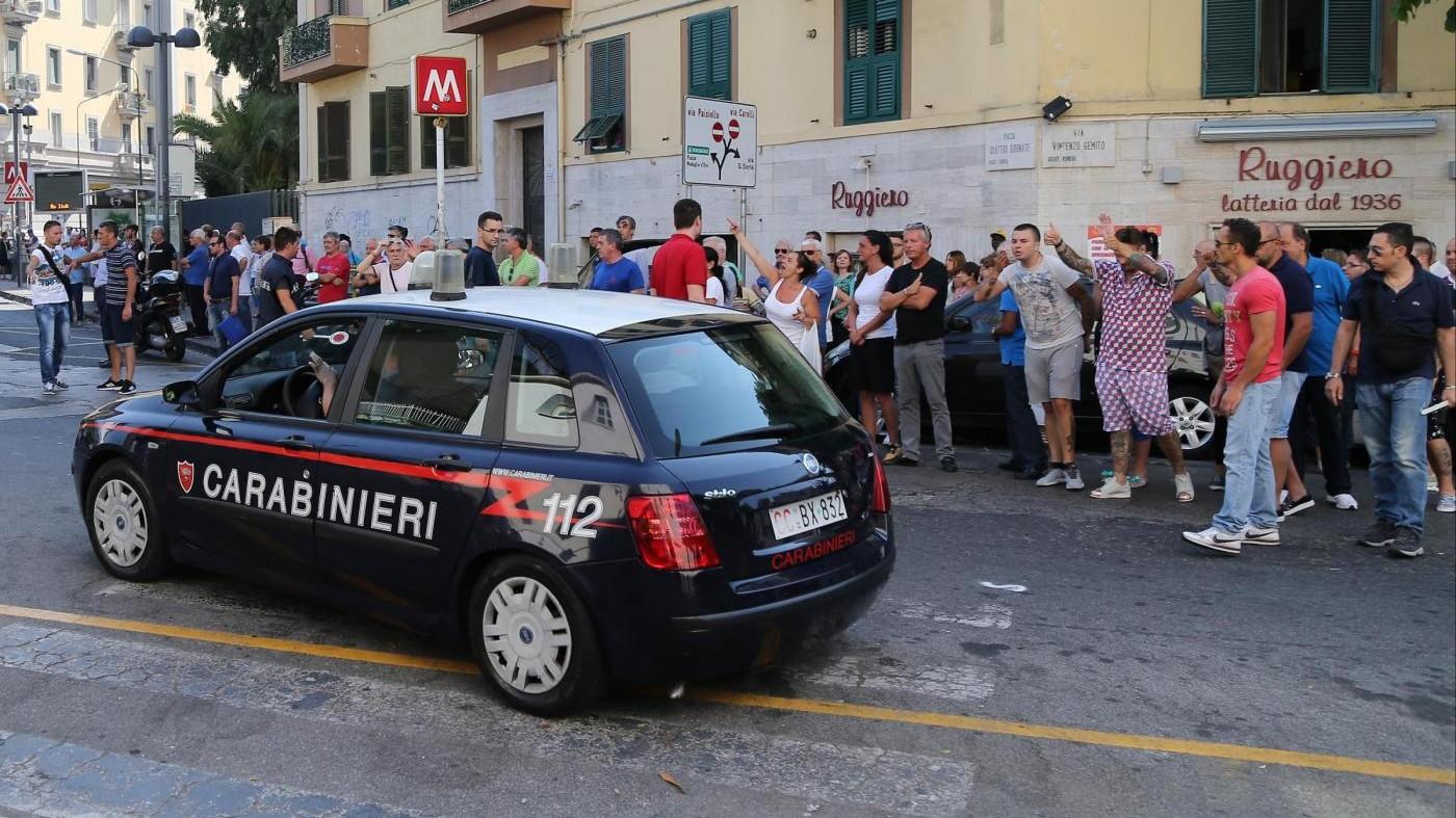 Roma, tentato omicidio in via Albalonga: arrestato 23enne