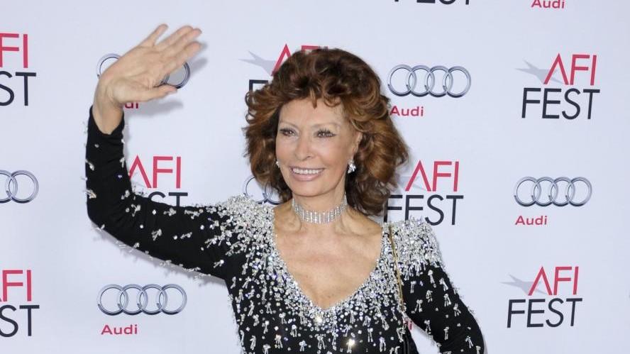 Sophia Loren cittadina onoraria a Napoli: Oggi tutto è magnifico