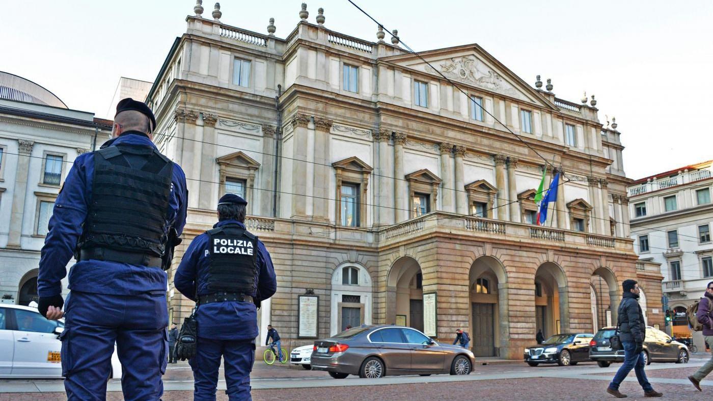 Milano, furti e estorsione a turisti: due in manette