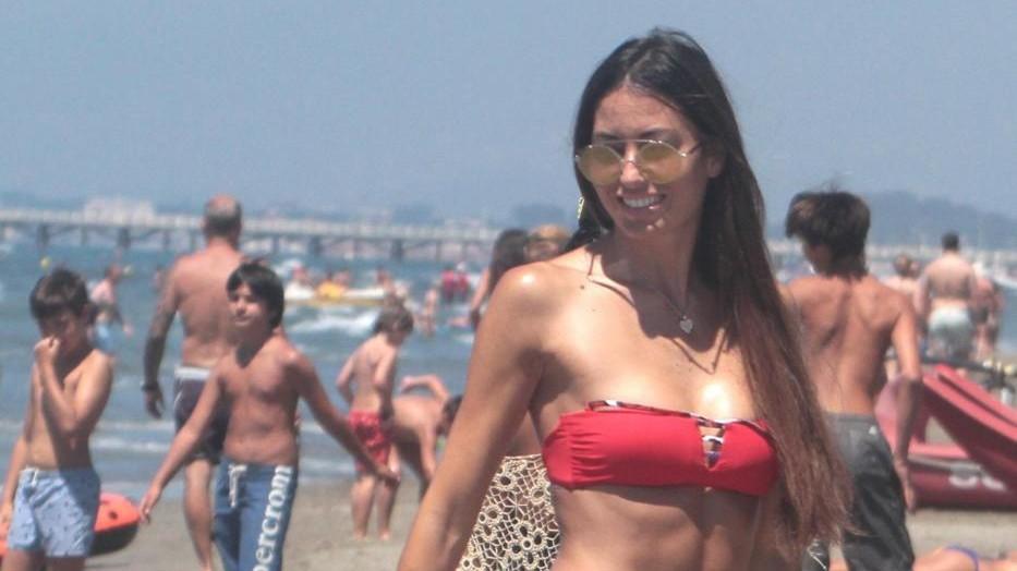 Vuoi stare tra i vip? Vai in spiaggia a Rimini o Porto Cervo