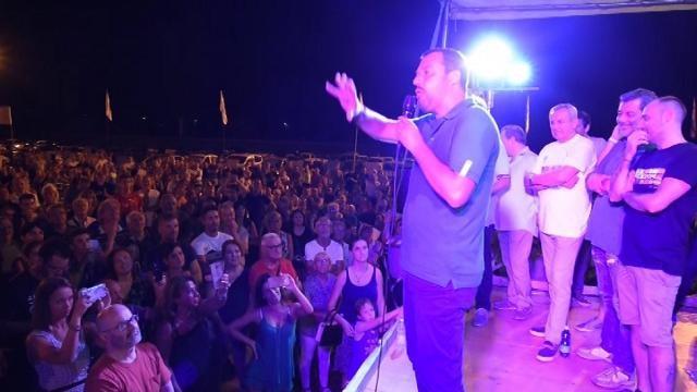"""Salvini: """"PD propone legge che prevede carcere per chi ha accendino con faccia di Mussolini"""""""