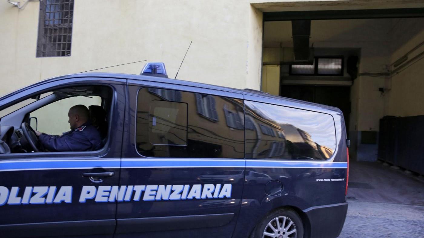 Milano, fuga dal carcere: due giovani detenuti evadono dal Beccaria