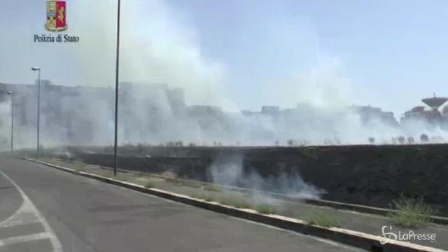 Incendi, polizia arresta piromane a Latina