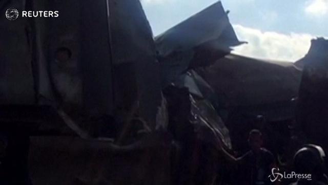 Scontro tra treni in Egitto: 36 morti