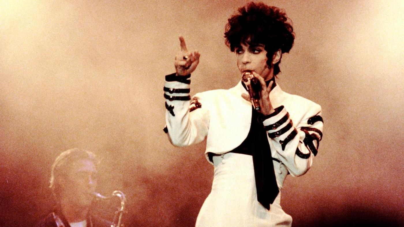 Prince, due medici sotto indagine per morte del cantante