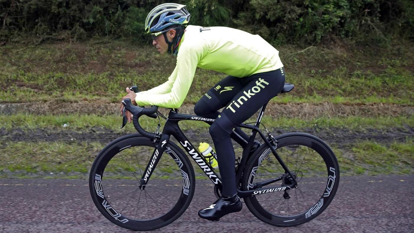 Tour de France: caduta per Contador durante la prima tappa