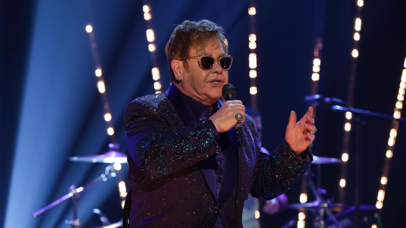 Russia, niente incontro tra Putin ed Elton John su diritti gay