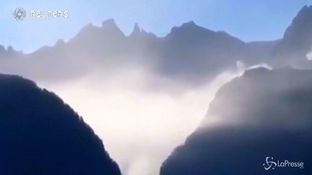 Svizzera, frana vicino al confine con la Valchiavenna: 14 dispersi
