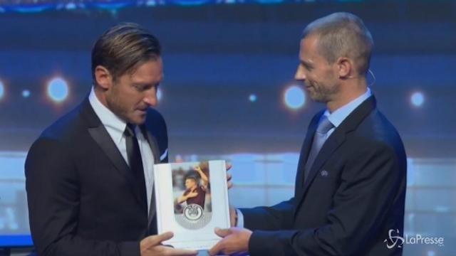 Sorteggi Champions, premio alla carriera per Francesco Totti