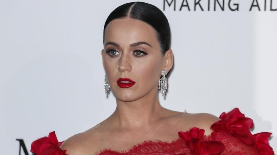 Katy Perry solidale: Ci vogliono più aiuti per i bambini in Asia