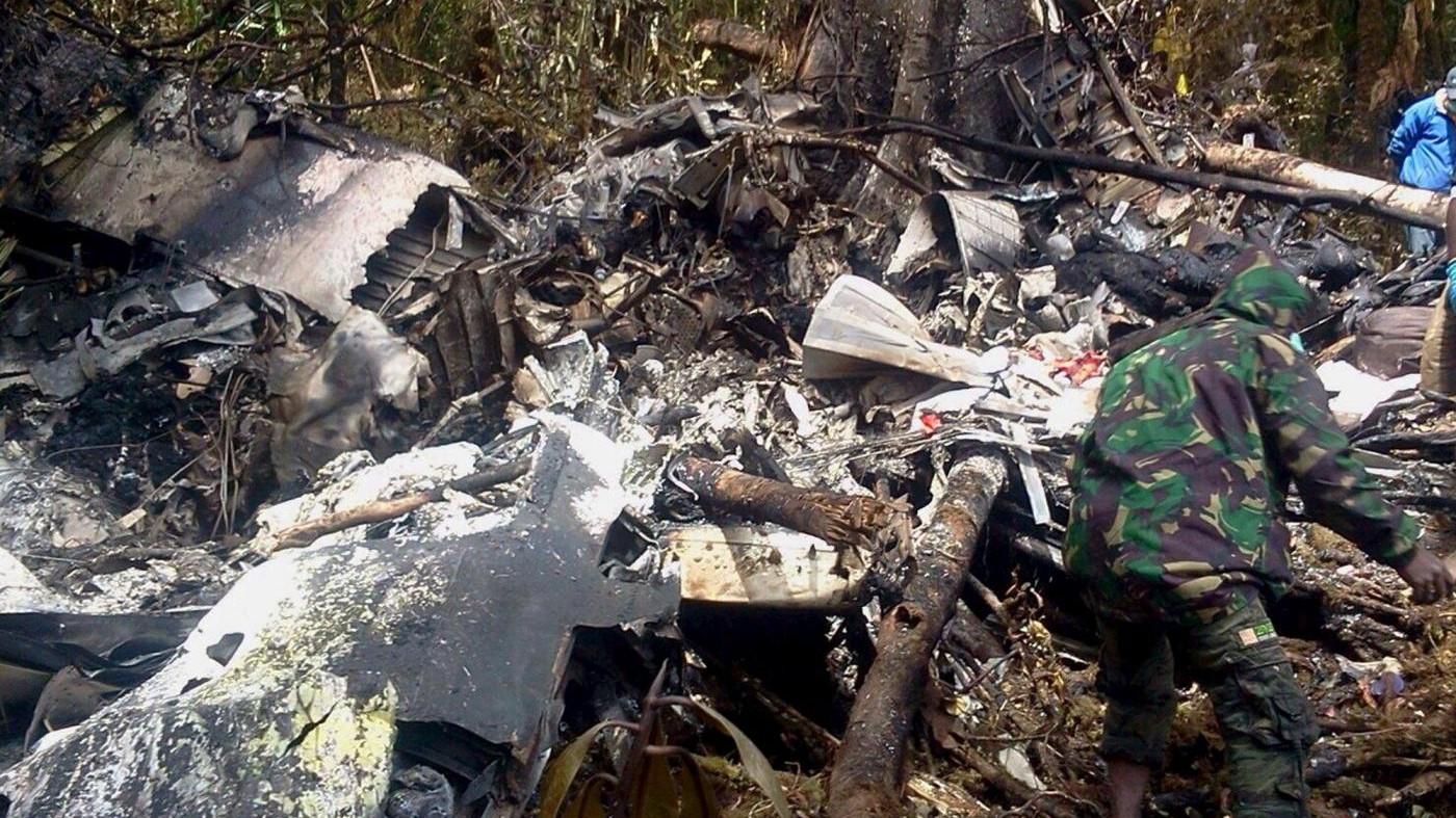 Jet da combattimento si schianta fuori Mosca: morto il pilota
