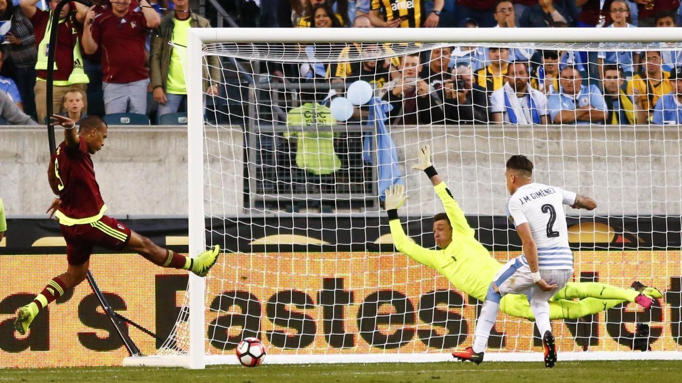 Coppa America: Uruguay perde ed è fuori, Messico supera Giamaica