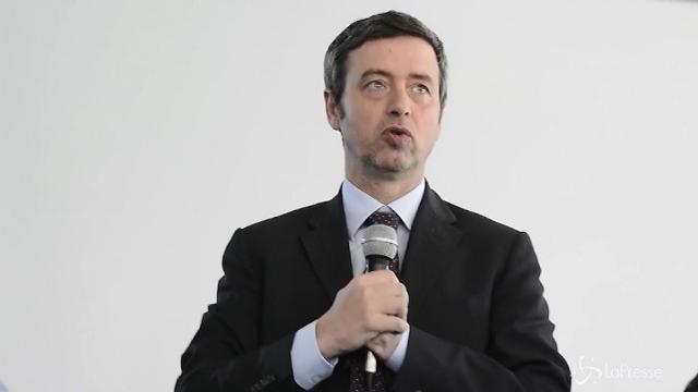 VIDEO Palermo, ministro Orlando visita scuola dedicata a Falcone