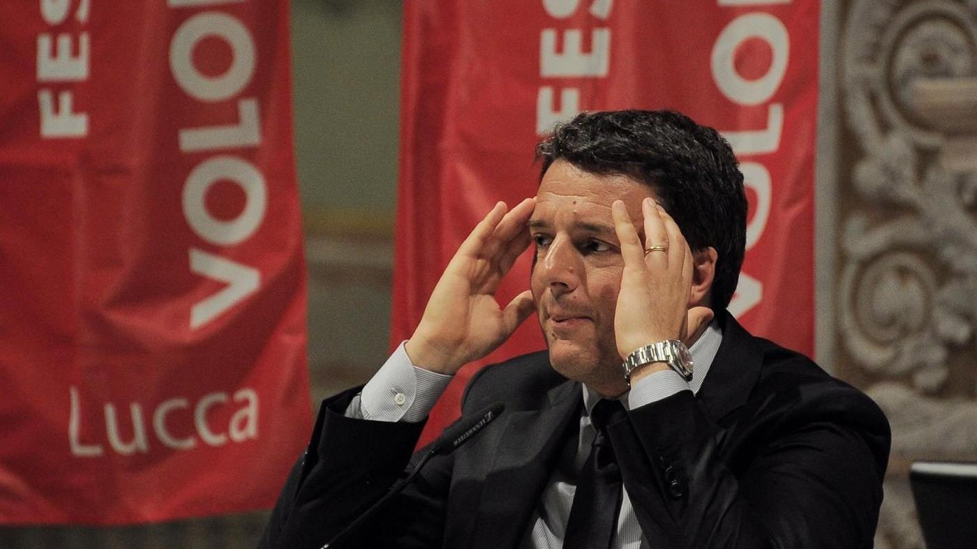 Renzi: Squallido che un quotidiano regali il 'Mein Kampf'
