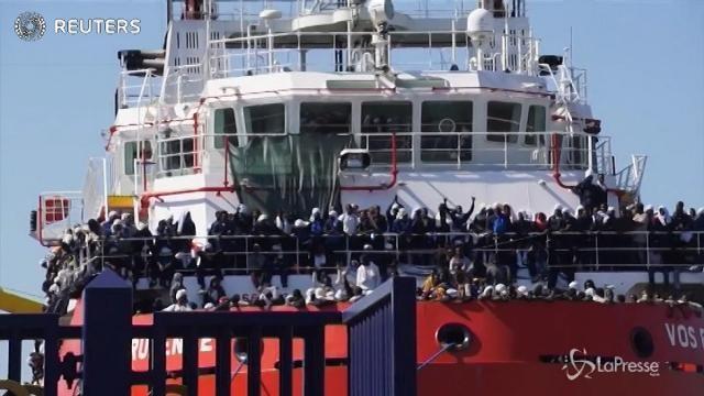 Migranti, Times: Italia pronta a concedere visti temporanei