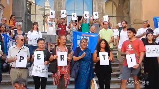 """Roma, proteste contro la chiusura dei """"nasoni"""""""