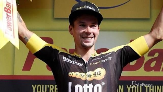 Tour de France: Aru in difficoltà, Froome allunga