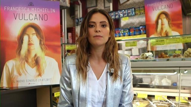 """Francesca Michielin presenta la sua canzone """"Vulcano"""""""